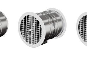 Für einen optisch ansprechenden Wandanschluss sind pulverbeschichtete Schutzgitter in zwei Varianten sowie eine Rohrblende verfügbar.<br />