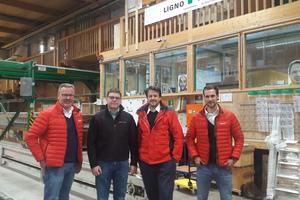 Lignotrend Geschäftsführer Ralph Eckert gemeinsam mit seinen Hilti Brandschutz-Beratern Alexander Waldner (li.), Christian Bleicher (2. v. re.) und Hilti Verkaufsberater Florian Klimpel (ganz rechts).