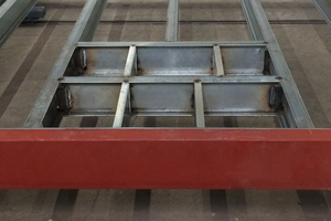 B) Im Stahlbau werden die Profile gemäß Plan eingebaut<br />
