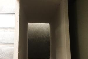 C) Die vorgefertigten Elemente aus Trockenbauplatten schützen die umliegenden Stahlbauprofile<br />