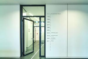 Der hohe architektonische Anspruch zeigt sich bis ins kleinste bauliche Detail, auch im Bereich des vorbeugenden Brandschutzes: Stahl-Rohrrahmenelemente von Hörmann vereinen funktionelle Anforderungen mit Transparenz und einem hochwertigen Design.