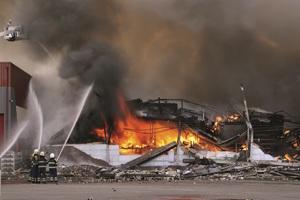 Die europäische Bauprodukteverordnung trägt zu höheren und vor allem einheitlichen Sicherheitsstandards von Gebäuden bei – Damit Brände gar nicht erst entstehen, oder ihre Folgen gemindert werden.