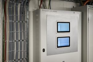 """<div class=""""bildtext"""">Beispiel für ein ganzheitliches System: In einem Hochhaus ist von der Lüftung der Nutzungsbereiche bis zur Differenzdruckanlage der Sicherheitstreppenräume alles durchgängig mit der Unterstützung eines Herstellers geplant und gebaut worden. </div>"""