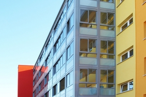 """<div class=""""bildtext"""">""""Balco Access"""" verbindet eine vorgefertigte und leichte Grundkonstruktion aus Aluminium mit einem hohen Glasanteil.</div>"""