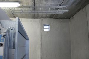 """<div class=""""bildtext"""">Vorsicht: Nicht verschließbare Entrauchungsöffnungen bergen das Risiko, dass ein Gebäude den Dichtheits-Grenzwert verfehlt. </div>"""