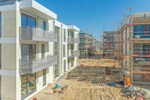 """<div class=""""bildtext"""">Die technische, aber auch wirtschaftliche Komplexität von Bauprojekten ist stark gestiegen. Entsprechende Bedeutung hat bspw. in Sachen Brandschutz ein gesetzeskonformes Verhalten, um möglichen Einsprüchen oder Vorbehalten von Anfang an zu begegnen. </div>"""