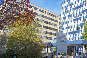 """<div class=""""bildtext"""">Klinikum Potsdam</div>"""