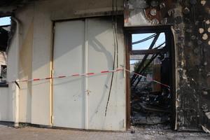 """<div class=""""bildtext"""">Dass das Spänensilo und der Spritzraum vom Brand verschont geblieben sind, ist den Feuerschutztüren zu verdanken, die eine unkontrollierte Ausbreitung verhindert haben.</div>"""