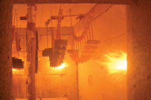 """<div class=""""bildtext"""">fischer Installationssysteme bei der Brandprüfung: Auf Basis des modifizierten EADs 280016-00-0602 werden Europäische Technische Bewertungen (ETAs) für fischer Produkte erstellt und die Feuerwiderstandsfähigkeit von Installationen nach neuestem Stand der Technik bemessen und nachgewiesen. </div>"""