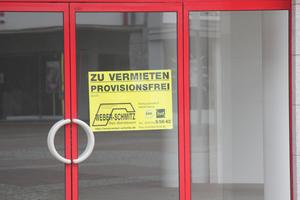 """<div class=""""bildtext"""">In NRW prüfen die Baugenehmigungsbehörden bei bestimmten Gebäudeklassen die Einhaltung des Brandschutzes nicht mehr selbst...</div>"""